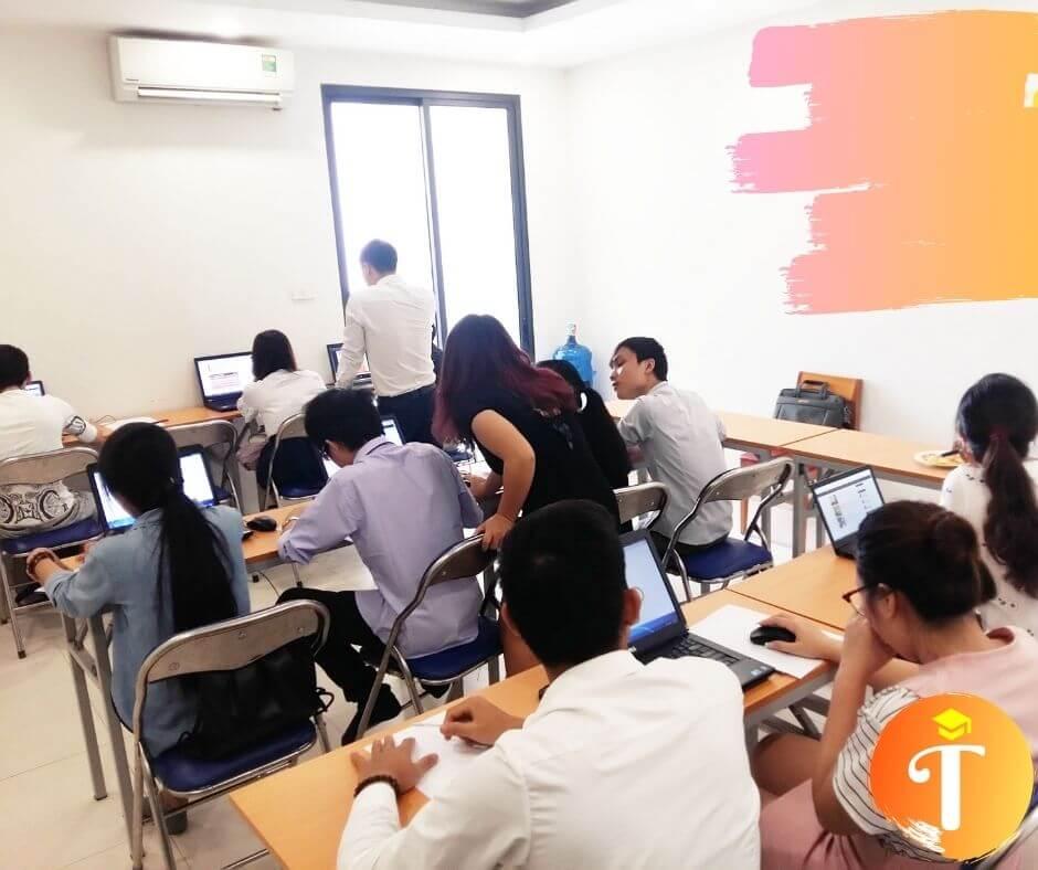 Trung tâm đào tạo khoá học marketing online tại long xuyên an giang