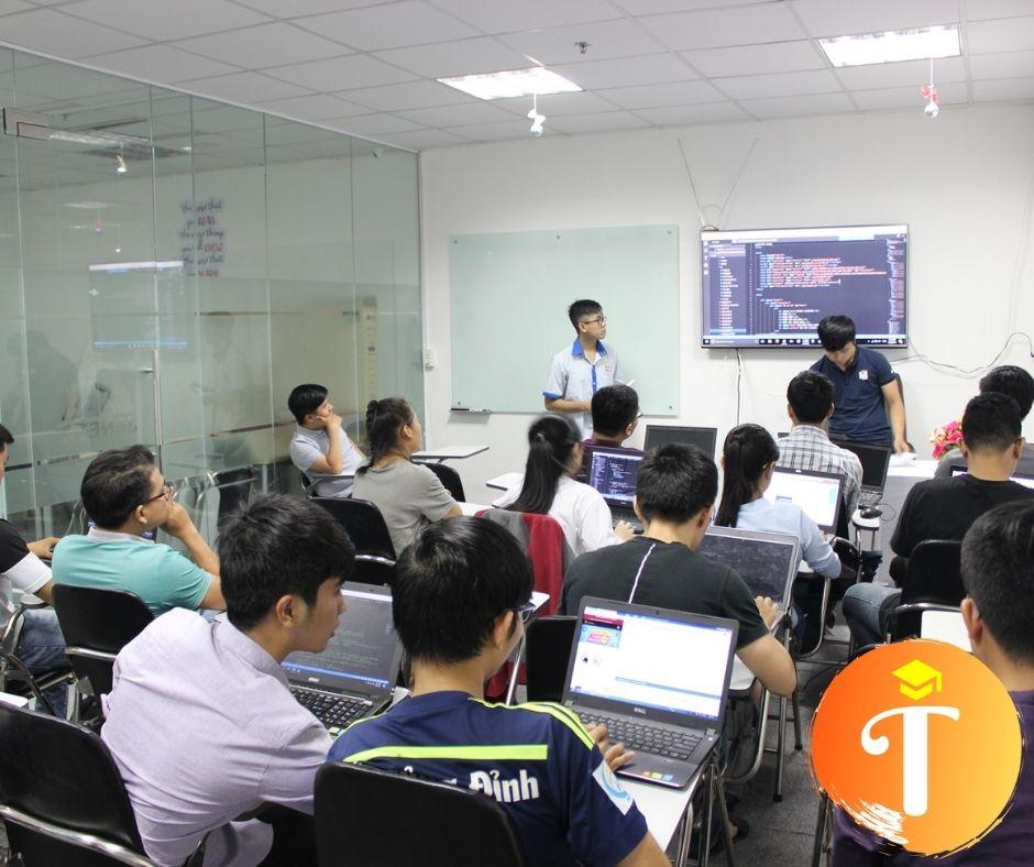 Trung tâm đào tạo khoá học Lập Trình Website php tại Hà Tây